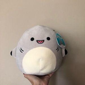 "NWT 8"" Gordon the Shark Squishmallow"